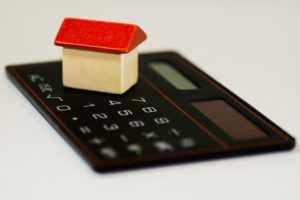 Кто освобождается от уплаты налога при продаже квартиры