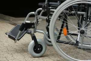 Пандус для инвалидов в подъезде