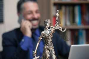 адвокат бездействует